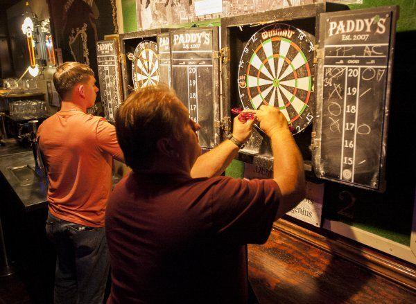 [Image: darts-pub-trivia.jpg]